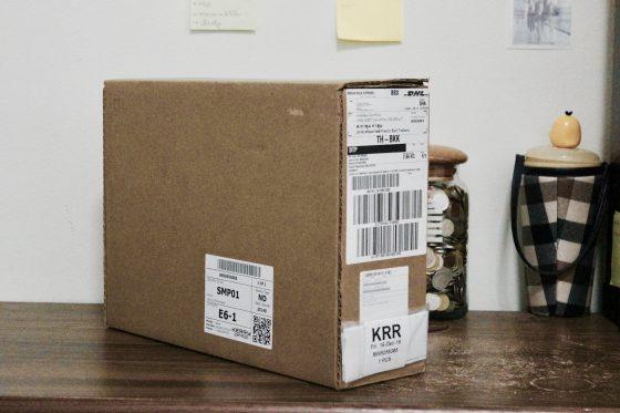 แกะกล่องรีวิว MackBook Pro 2016 ข้างในมีอะไรบ้าง?